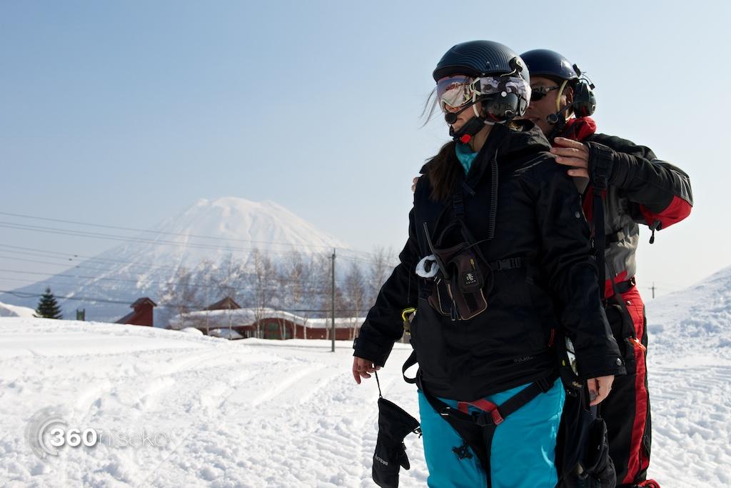 Niseko-motor-paragliding-9