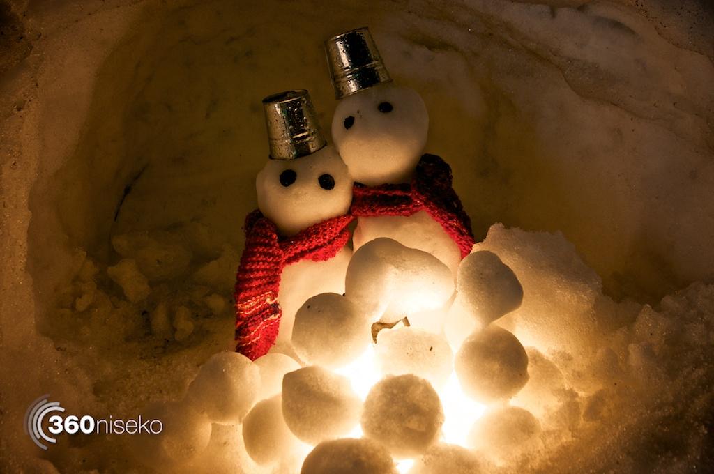 Otaru-Snow-Light-Path-Snowmen