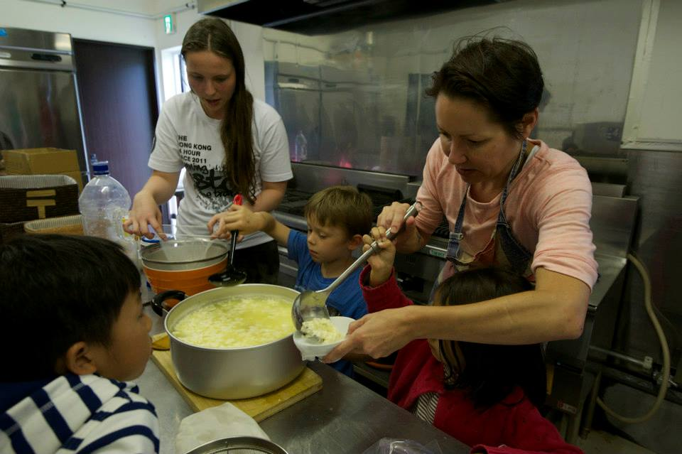 edventure-niseko-summer-camp-cooking