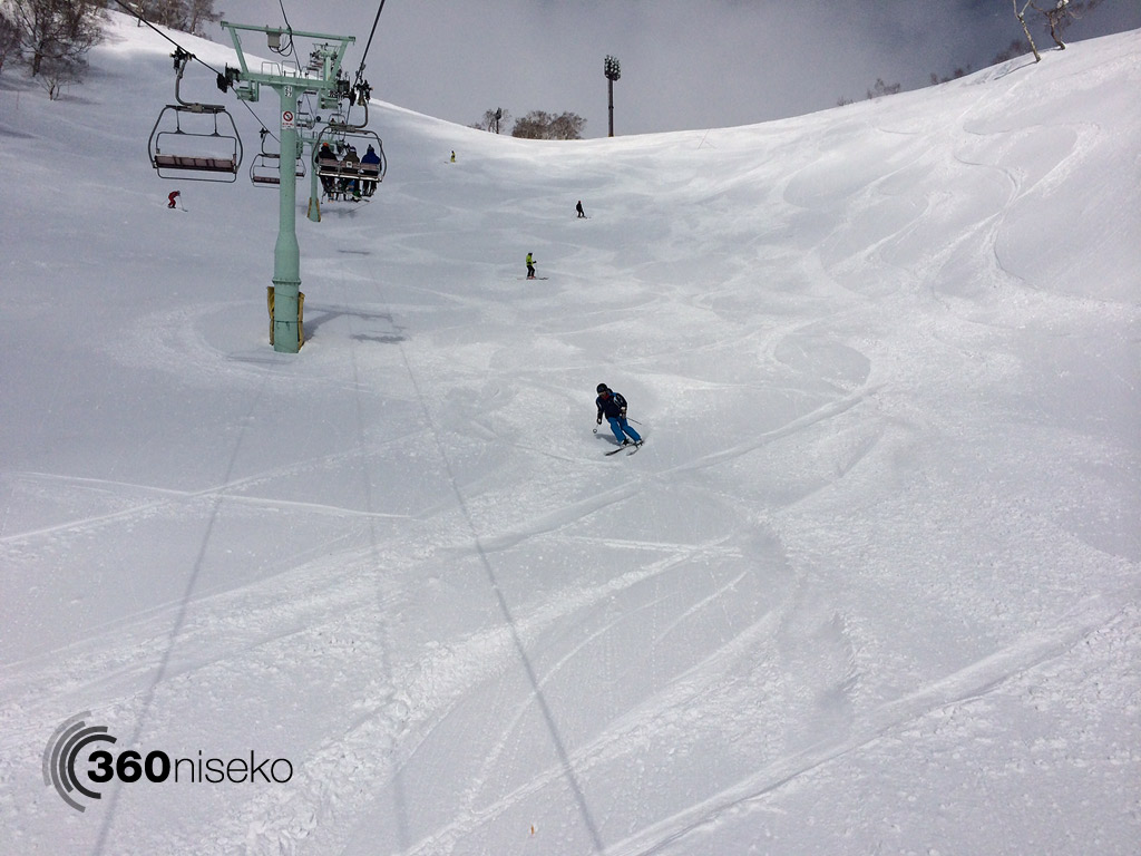Early morning tracks down Super course in Hirafu, 19 March 2014