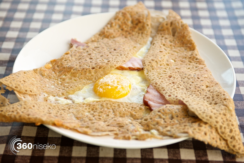 Buckwheat soba crepe with ham, cheese and egg