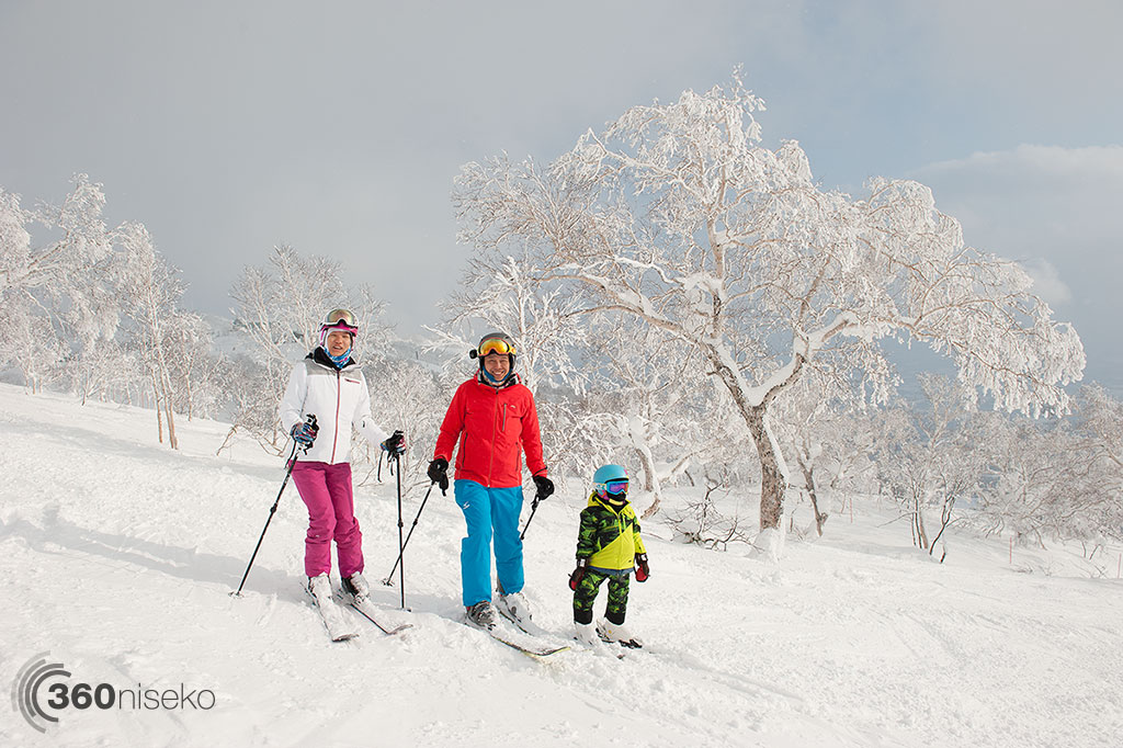 Catherine, Stan and Shaun loving life in Niseko Annupuri on Utopia Course, 29 December 2014