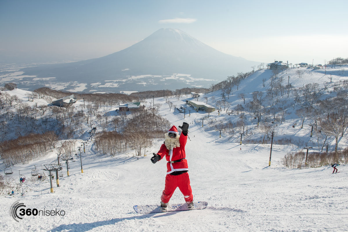 Santa-san finding time to shred it up in Niseko yesterday! 24 December 2015