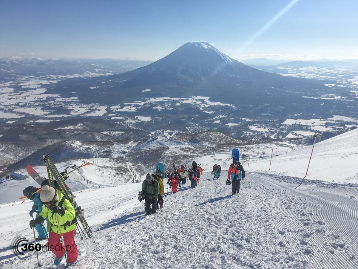 Hiking the Peak from Gate 3, 30 January 2016