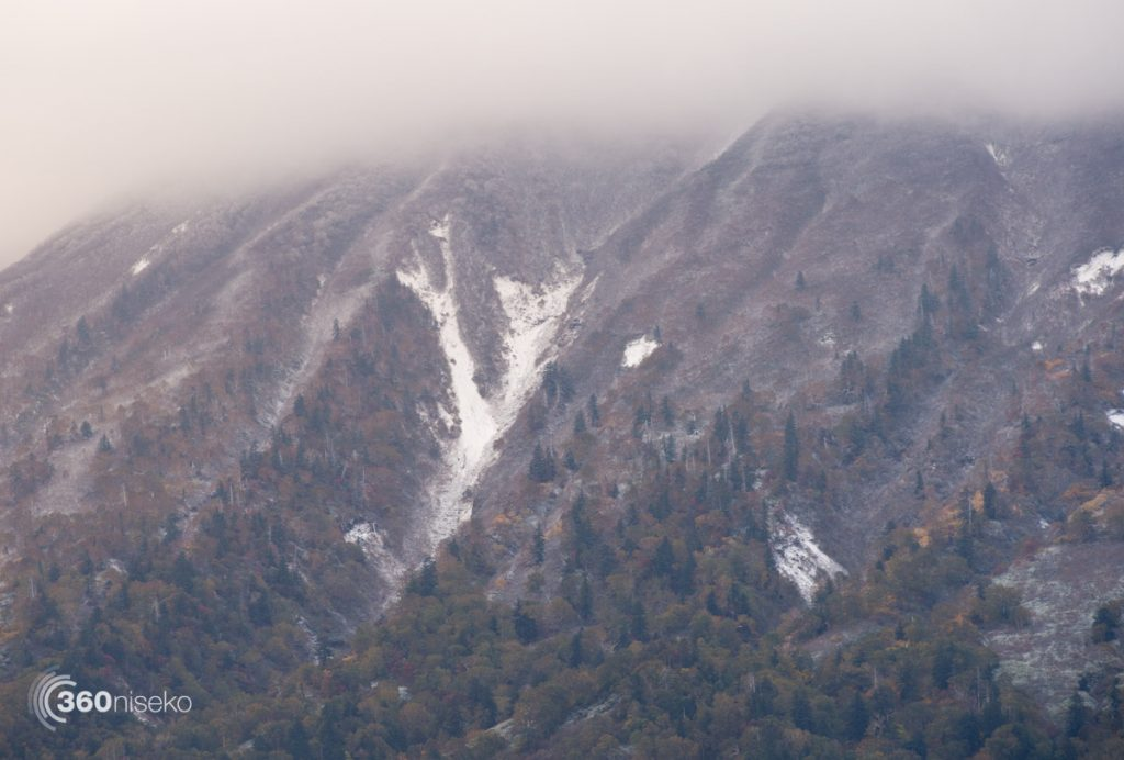 Mt.Yotei getting dusted down in the nether regions, 10 October 2016