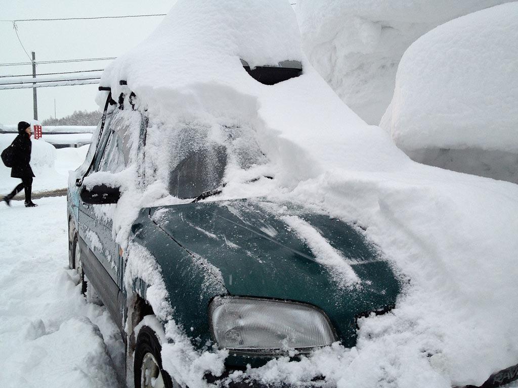 Amazing snowfall in Niseko Hirafu in 3 hours, 25 February 2013