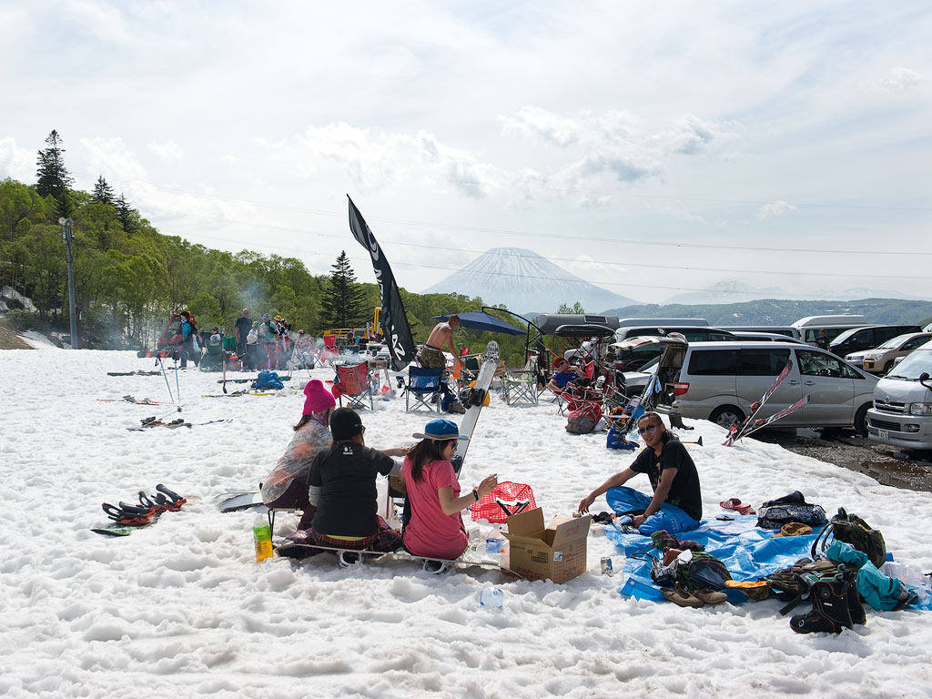 Chillaxing - Mt.Yotei and Mt.Annupuri in the distance, 2 June 2013
