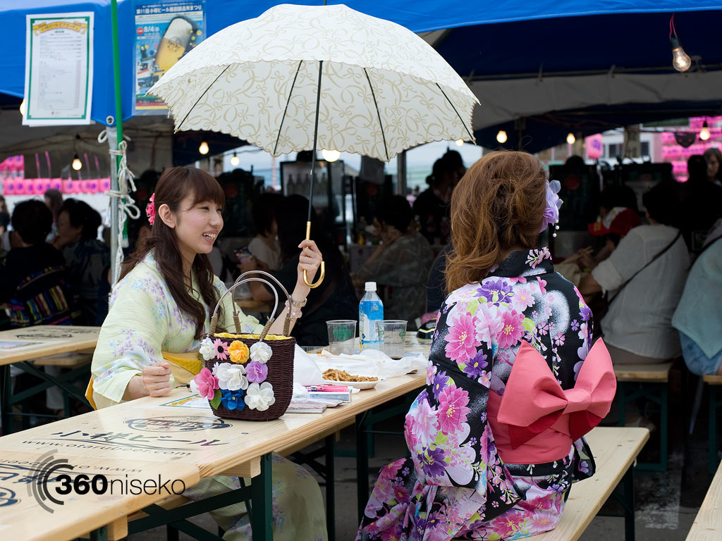 Otaru Ushio Festival, Two women dressed up in beautiful summer Yukata's, 28 July 2013