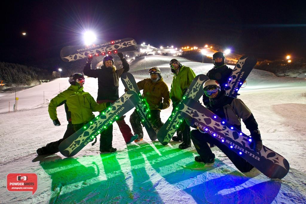 Xparna-LED-Snowboard-Niseko-Representing