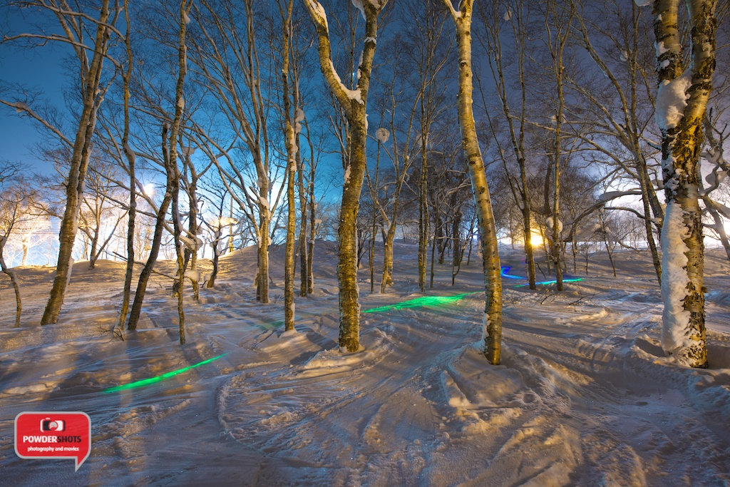 Xparna-LED-Snowboard-Niseko-Trails