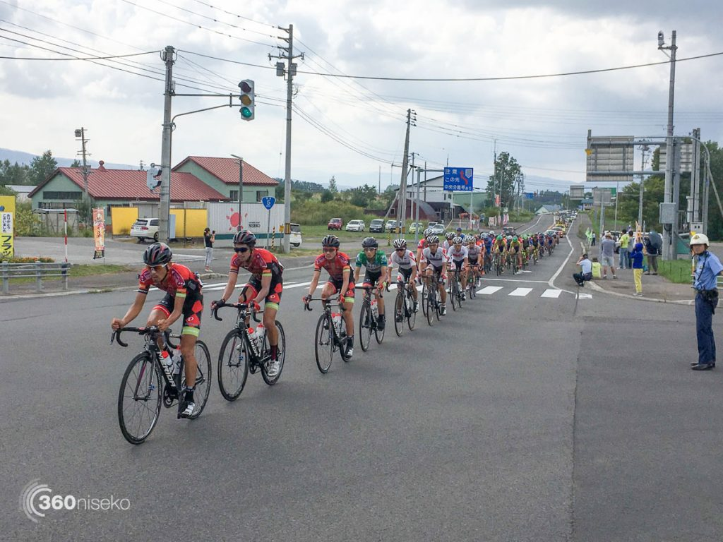 Passing along route 5 in Niseko on the home stretch, 2 September 2016