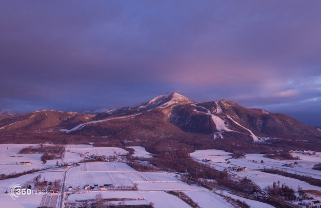 Mt.Annupuri with Niseko Annupuri on the left and Niseko Village on the right ski fields, 18 November 2016