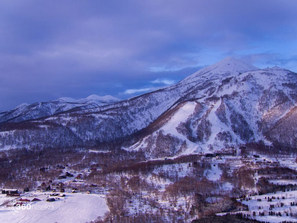 Mt.Annupuri and Niseko Village, 25 December 2016