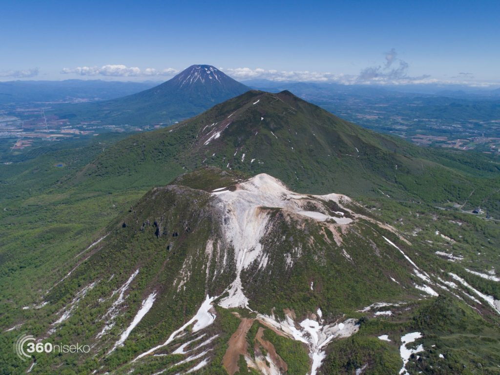 Mt.Iwaonupuri, Mt.Annupuri & Mt.Yotei, 5 May 2017